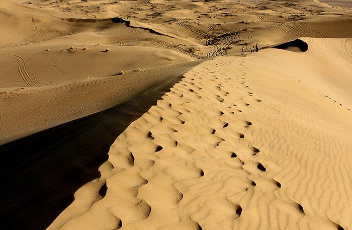 دانلود آهنگ quicksand از sahara