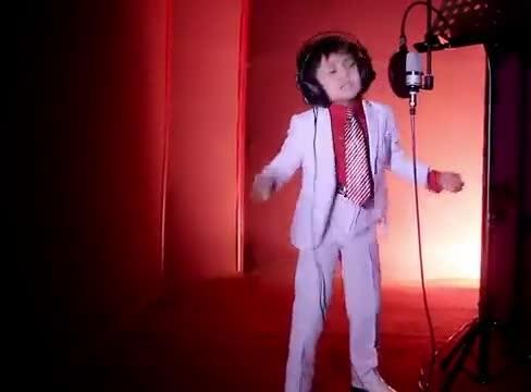 دانلود آهنگ ازبکی Kelgin Gulim از پسر بچه ی ازبکستانی