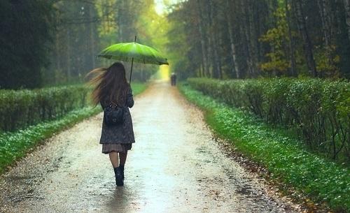 دانلود آهنگ کردی باران بارانه نم نم ترمی کرد خواننده زن