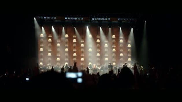 دانلود آهنگ صوتی اجرای زنده Someone Like You از ادل Adele