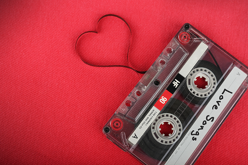دانلود آهنگ سلنا گومز آی لاو یو لایک لاو سانگ بیبی Love Song